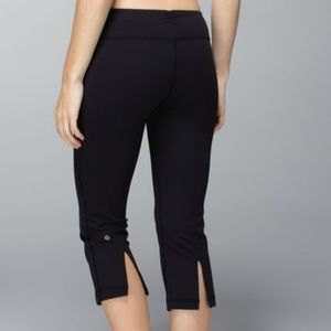 Lululemon Gather & Crow Cropped Pants